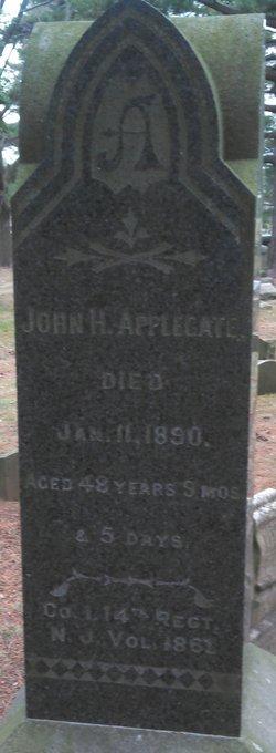 Pvt John H Applegate