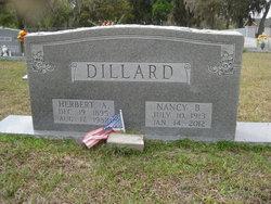 Nancy B <I>Boswell</I> Dillard