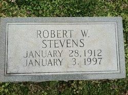 Robert W Stevens