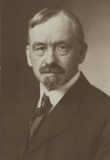Dr Webster Merrifield