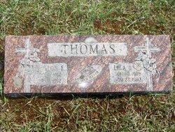 Leon E Thomas