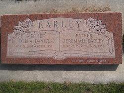 "Violet Bardella ""Della"" <I>Daniels</I> Earley"