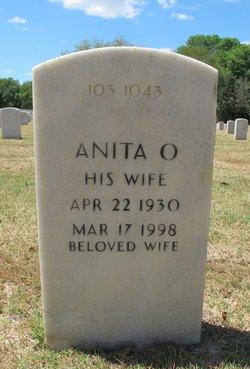 Anita O Smith