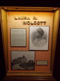 Dr Laura J. <I>Ross</I> Wolcott