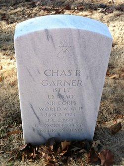 Chas R Garner