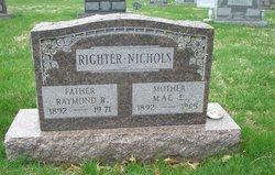 Mae E <I>Nichols</I> Righter