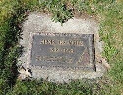 Henk Devries