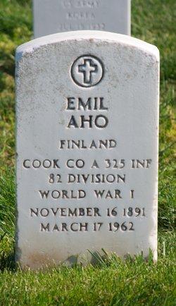 Emil Aho