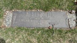 Lynn D <I>Dietzel</I> Wodek