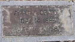 Annie Olivia <I>Edwards</I> Benton