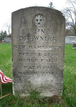 Pvt John E Drewniak