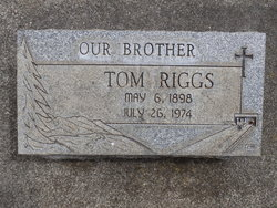 """Thomas """"Tom"""" Riggs"""