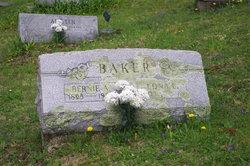 Edna Lucille <I>Miller</I> Baker