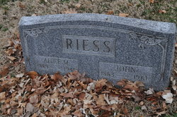 Alice Riess