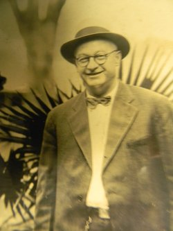 Joseph Leslie Arnow