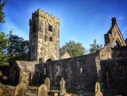 St Thomas Becket and Thomas the Apostle Churchyard