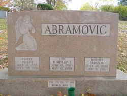 "Terezija ""Theresa"" <I>Erbesevic</I> Abramovic"