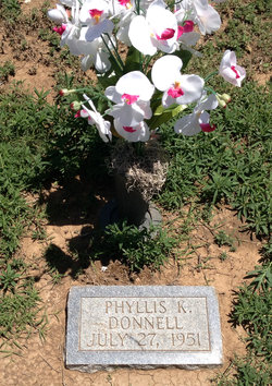 Phyllis K Donnell