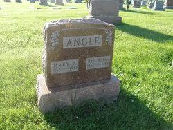 Charles Benjamin Angle