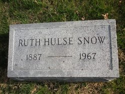Ruth <I>Hulse</I> Snow