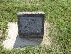 Lee R Hanson