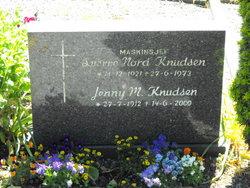 Jenny M Knudsen