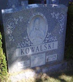 Mary Kowalski