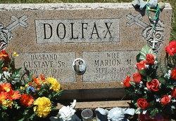 Marion M Dolfax