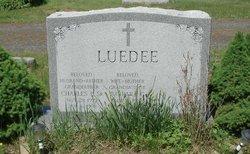 Charles P Luedee, Sr