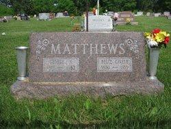 """Catherine Belle """"Belle"""" <I>Cavett</I> Matthews"""