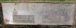 Elmer T Boyer