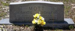 Dorothy Cowles <I>Mott</I> Mills