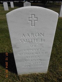 Aaron Smith, Jr