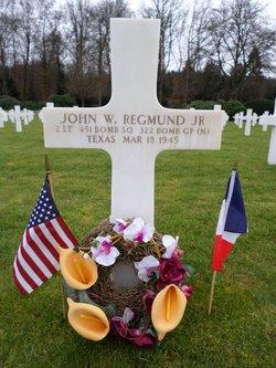 2LT John W Regmund, Jr
