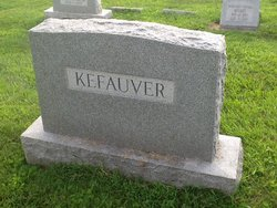 Harriett Ruth <I>Willard</I> Kefauver