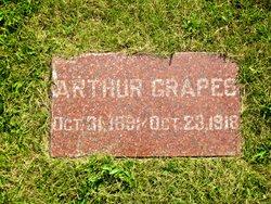 Arthur Grapes