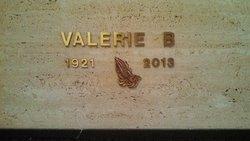 "Valerie I ""Boyette"" Huddleston"