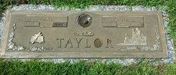 Earl Taylor