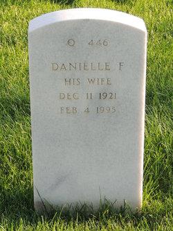 Danielle F Cooper