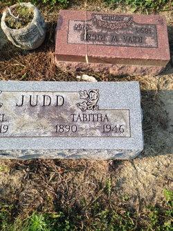 Tabitha <I>mays</I> Judd