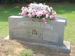 Mary Lou <I>Meek</I> Hartley