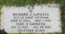 Richard J Gavazza