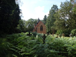 Valley End St Saviour Churchyard