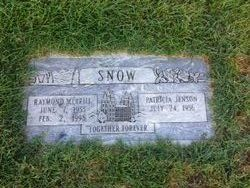 Raymond Snow