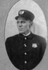Carl L Hak-Miller
