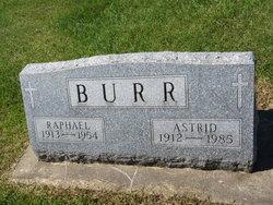 Astrid Burr
