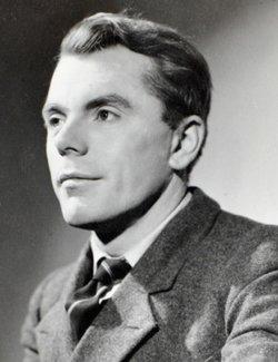 Angus Lennie
