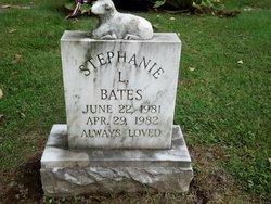 Stephanie L Bates