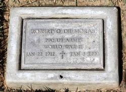 Robert G De Moras