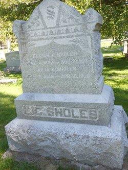 Julia B Sholes
